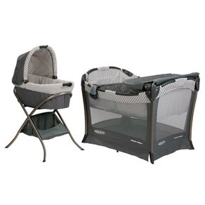 Graco-Corralito-Pack-and-Play-Day-2-Night-Fifer-wong-543187_1