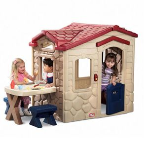 Little-Tikes-Picnic-on-the-Patio-Playhouse-403U-wong-535009_1
