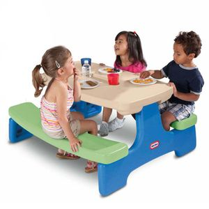 Little-Tikes-Easy-Store-Table-4-Pack-629969-wong-535010_1